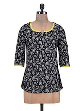 Black And White Cotton Printed Top - By