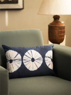 Tie And Die Cushion Cover In Indigo - Art Age