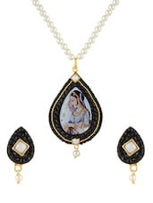 Black Gold Plated Pendants And Earring - By