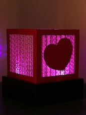 Cube Shaped Heart Embellished Table Lamp - Sylvn Studio