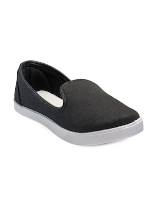 black Canvas casual slip on