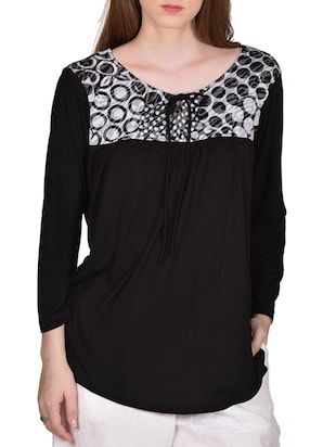 black color, viscose printed top