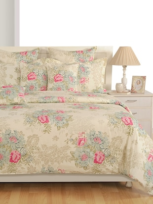 Beige Floral Cotton Bed Sheet with Pillow Covers
