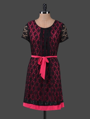 Black Lace Round Neck Magenta Belted Dress