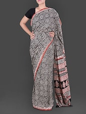 Leaf Printed Pallu Black Cotton Saree - Anjani Sarees