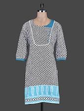 Quarter Sleeves Herringbone Pattern Cotton Kurta - Taaga