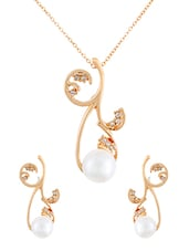 Gold Toned Embellished Metal Pendant And Earrings Set - By