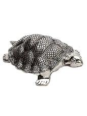 Silver  Metallic Finish Tortoise Showpiece - By