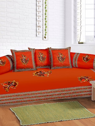 Lali Prints 8 Pcs Maroon Ghumer Print Diwan set with 5 Cushion and 2 Bolster Covers and 1 Bedsheet