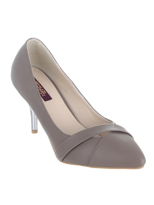 grey synthetic pump