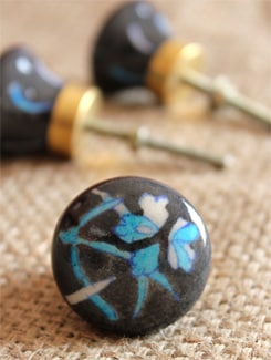 Black Floral Ceramic Knobs (Set Of 6) - NEERJA