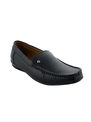 black color, slip on loafer
