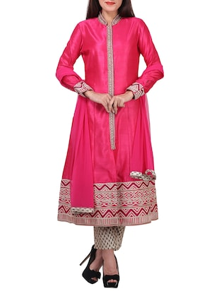 magenta straight pant stitched suit