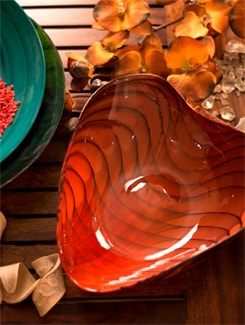 Scarlet Heart Shaped Bowl (Small) - Murano, The Glassical Symphonies