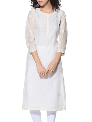 White Embroidered Chanderi Kurta