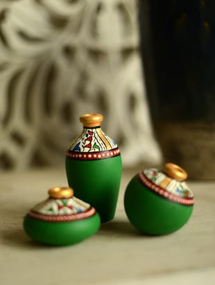 Green set of 3 terracotta pots