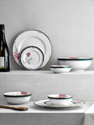 White printed ceramic dinner set (26pcs)