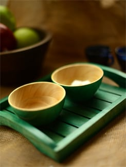 Green Tray With A Set Of 2 Bowls - ExclusiveLane