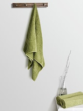 Green Cotton Plain Set  Of Bath Towels And Hand Towels - By