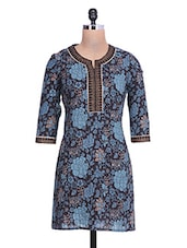 Black And Blue Floral Printed Cotton Kurta - By