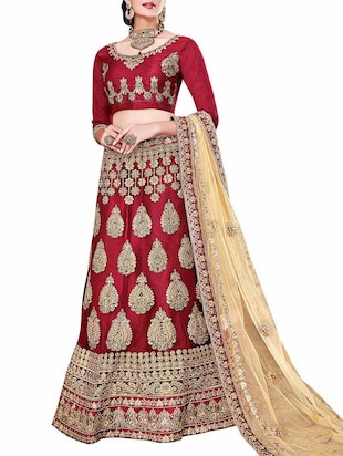red net embellished flared lehenga