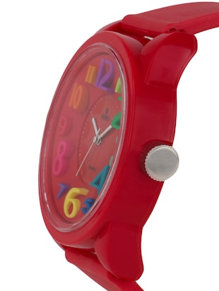 Red 3D round dial kids watch - 1311358 - Standard Image - 2