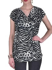 White And Black Knitted Cotton Animal Print Top - By