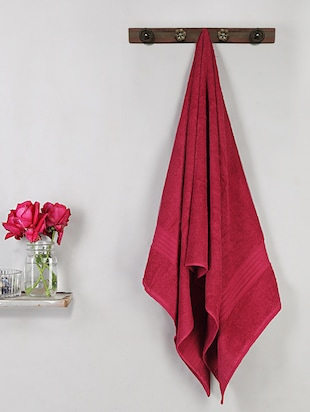 Bombay Dyeing Red Cotton Set of 1 bath towel