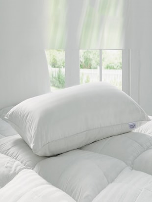 White Microfibre Solid Pillow