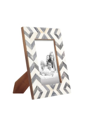 Buy Crazy Crown Handmade Kartong Table Photo Frame By Crazy Crowd