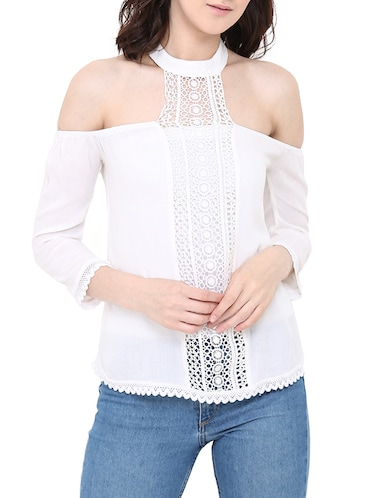 35e486bd9792d8 Cold shoulder tops for all body type