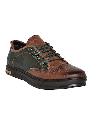 brown leatherette lace up sneaker