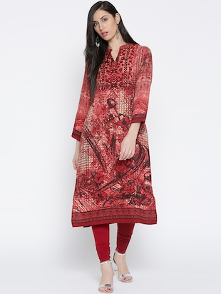 red woollen kurta