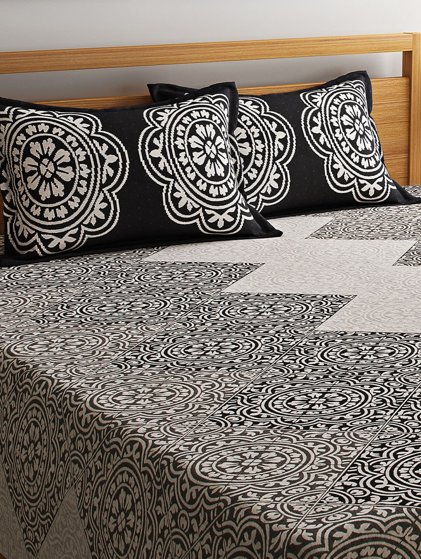 Buy Majestic Polycotton Bed Cover With 2 Pillow Covers By Romee Bedcover Motif Sutra Online Shopping For In India 14398452