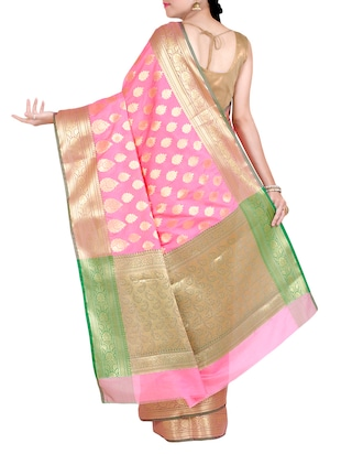 gold paisley pallu banarasi saree with blouse - 14436961 - Standard Image - 2
