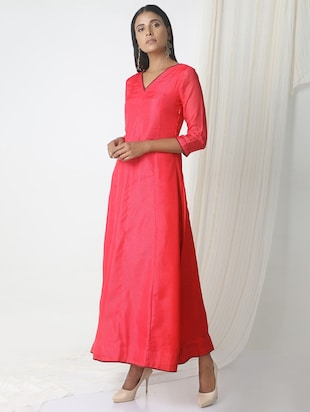 TrueBrowns Pink kota silk dress - 14465996 - Standard Image - 2