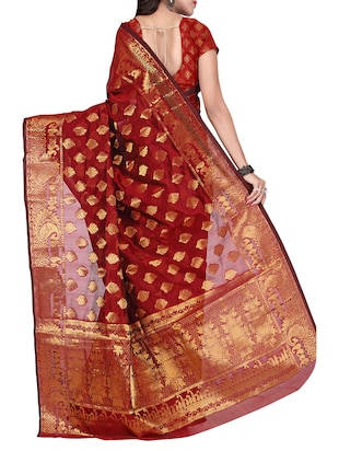 maroon silk blend banarasi saree with blouse - 14469426 - Standard Image - 2