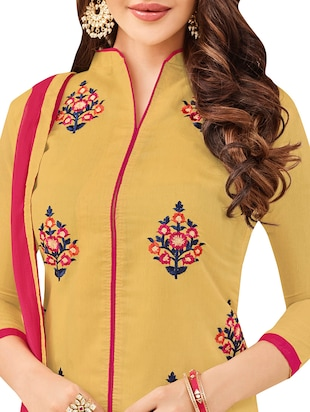 Embroidered semi-stitched churidaar suit - 14490284 - Standard Image - 2