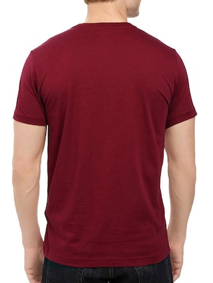 maroon cotton chest print tshirt - 14544625 - Standard Image - 2