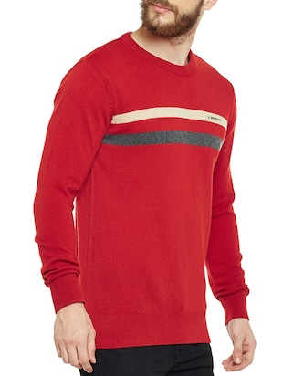 red wooll pullover - 14561628 - Standard Image - 2