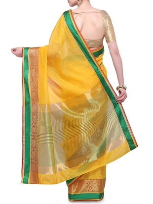 yellow cotton blend bordered saree with blouse - 14890885 - Standard Image - 2