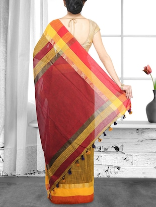 yellow cotton handloom saree - 14910131 - Standard Image - 2