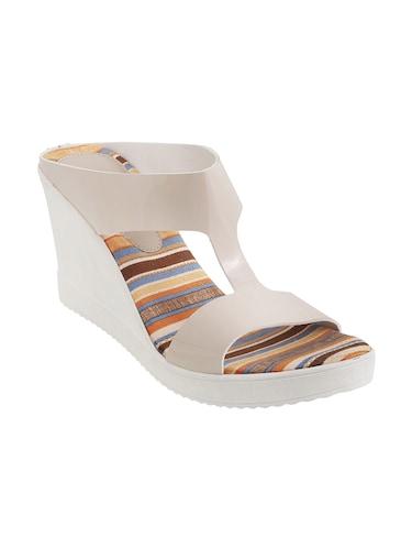 2dc6388db Mochi Shoes Online - Get Upto 50% Off on Mochi Footwear