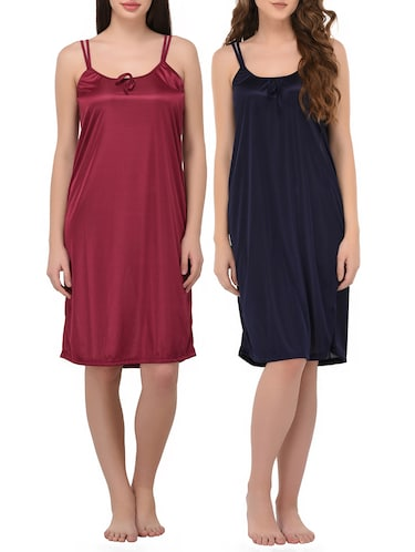 4882e0c9ad9 Buy women s night dresses under 500 in India   Limeroad