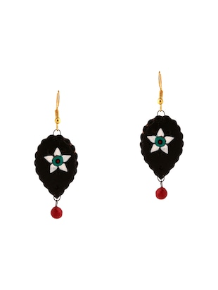 black wood necklaces and earrings - 15009792 - Standard Image - 2
