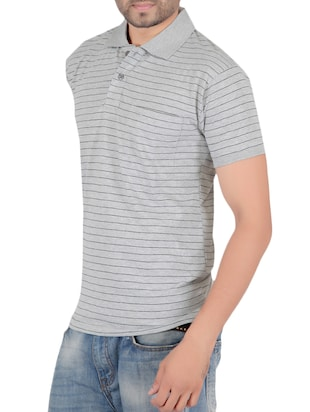 grey cotton pocket t-shirt - 15024340 - Standard Image - 2