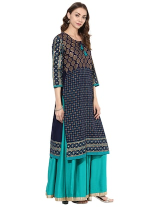 blue cotton straight kurta - 15026085 - Standard Image - 2