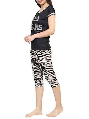 black printed capri nightwear set - 15030662 - Standard Image - 2