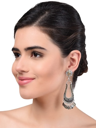 gold metal drop earrings - 15033983 - Standard Image - 2