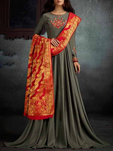 bdd7b7e054ec0 Beautiful Suits With Banarasi Dupattas